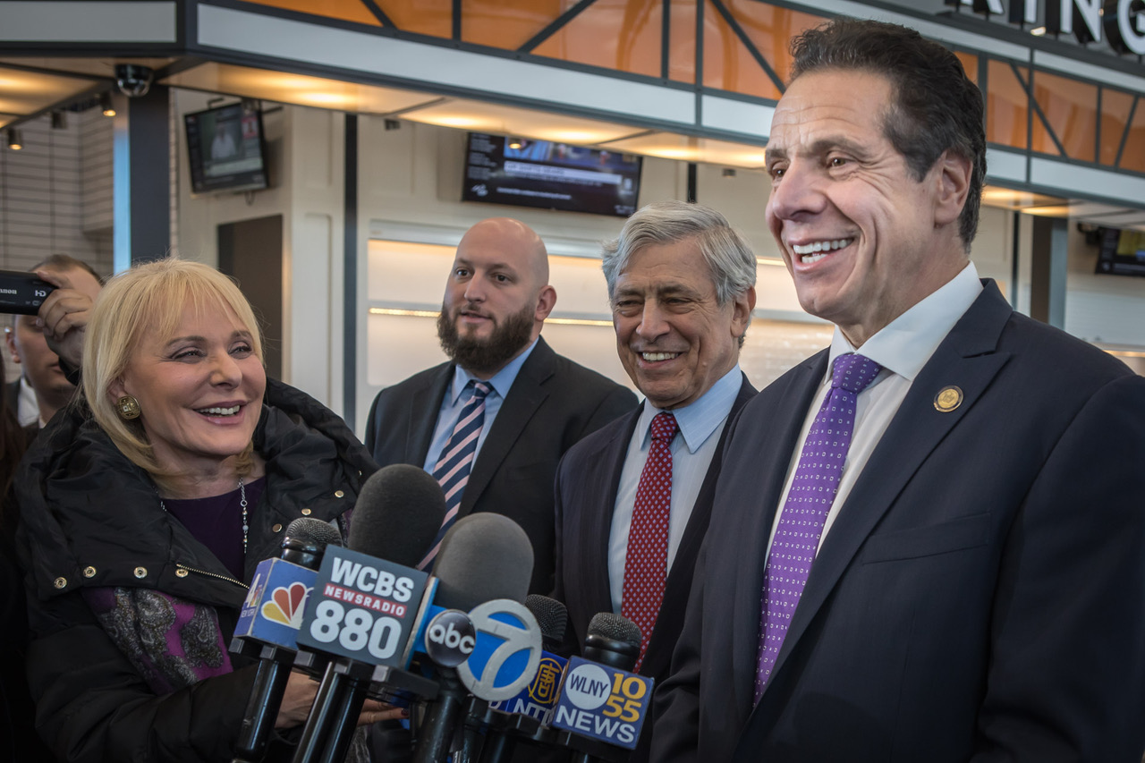 Governor Cuomo announces first new gates open at new Terminal B at LGA