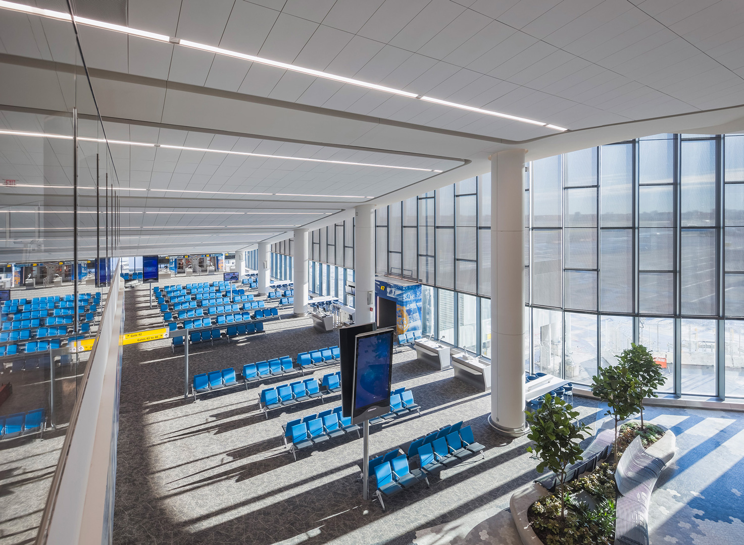 New Terminal B Eastern Concourse at New LGA